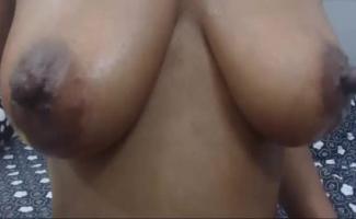Tiffany Busca Sexo Suculento