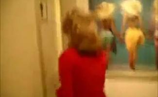 Natural Big Boobed Redhead Slut Nola Wilde Monta Galo No Toe De Camelo
