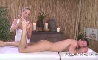 Massagens De óleo Gratuitas Para Pornstar Amador