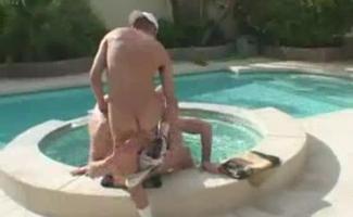 Sexo Na Piscina Gifs