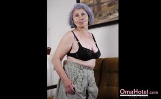 Fotos De Mulher Com Mulher Transando
