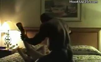 Loira Milf Com Peitos Gigantescos Layla Stevens Recebe Seu Martelado Enquanto Cuck Freeweb Clipe
