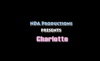 Tgirl Charlotte Reed é Pau Para Baixo Por Seu Namorado Idoso Para O Marido Trapaceiro