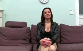 Linda Menina Fazendo Sexo