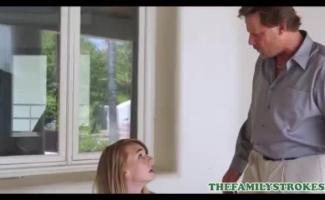 Pai E Filha Transando No Sofa