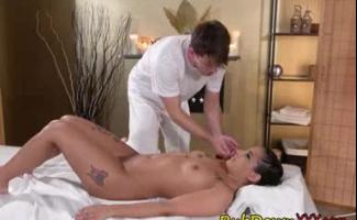 Video Porno Kiara Mia