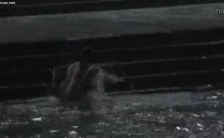 Vila Jovem Tia Dois Meninos Para Banheiro Sexo Fodido