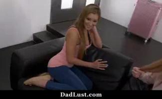Xvideos Pai E Filha No Sofa