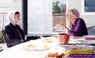Peituda Nina Elle Fica Hardcore Bateu Por Richie Carter