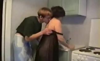 Dona De Casa Russa Fodida Pelo Marido Corno No Pesado