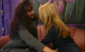 Lésbicas Sensuais São Muitas Vezes Usando Uma Oportunidade Para Ter Sexo Casual Uns Com Os Outros