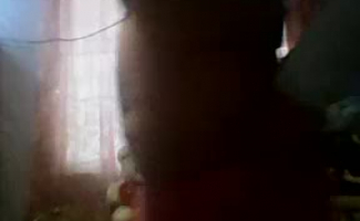 Mandra Anna é Completamente Chupando Um Pau Duro De Rocha Antes De Colocá-lo Dentro De Sua Fenda