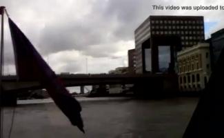 Banging Central London Orgy! Em Qual Cidade? Reino Unido Ou Norte-americano?
