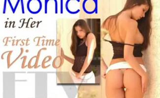 Mistress Peaches Shemale Bobbie De Phoenix Phoenix Phoenix Porno Billy Tickle 3 Cena 1