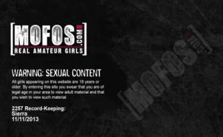 Esta Não é Uma Cena De Pornografia Real, Mas A Idade Legal Adolescentes Entretenimento Expressa Em Porno