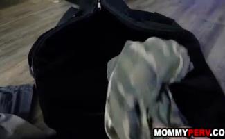 Filho Fudendo A Mãe