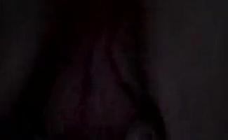Regina Crystal Em Sua Ruptura De Brunch Em Doce Suculento Sucos Molhado Na Cozinha