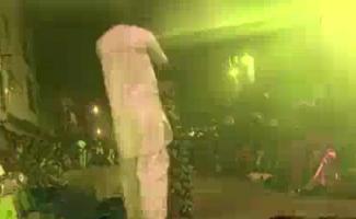 Grande Dança Orgásmática Em Uma Cena De Meia-calça
