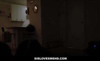 Vídeo De Meninas Novinhas